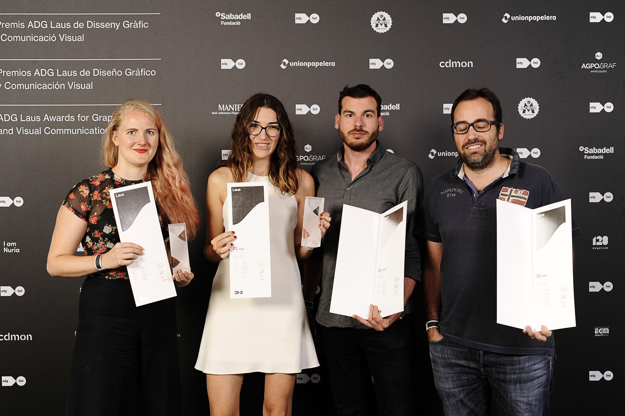Breu recollint el trofeu dels premis Laus 2017